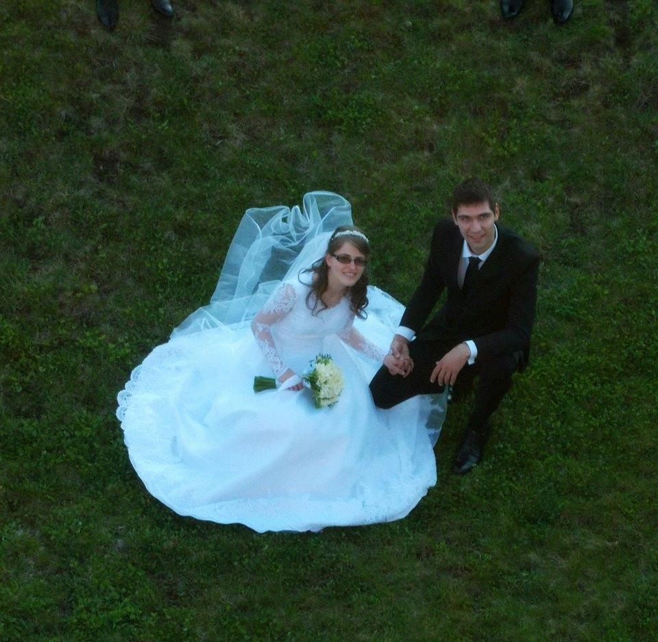 Festa Matrimonio Uomo : Roma romena festa di matrimonio