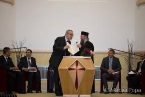 Roma Romena_25 anni presenza Italia_preot ortodox - pastor adventist